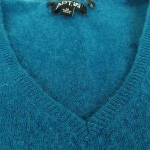100% Cashmere Sweater SZ M